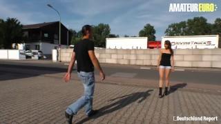 AMATEUR EURO - Dojrzała dziwka Giulia Dark ciężko rucha cipkę nieznajomym