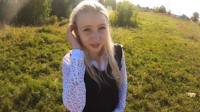 Stacy hardcore - Юную красивую школьницу трахнули в рот и киску по пути из школы