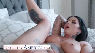naughty america jessie lee fucks a big cock