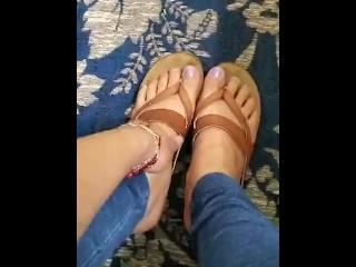 Sexy feet. Latinas feet. Milf feet. Sexy latinas feet.