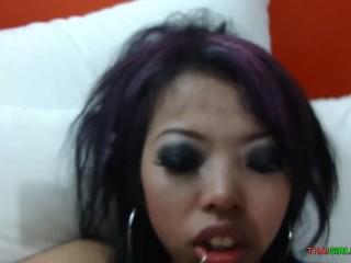 18 cutie Thai girl short time sex