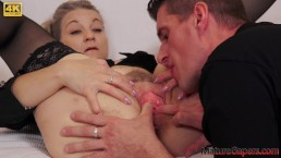 Mature woman gets her pussy gaped and fucked hard - Mature Gapers