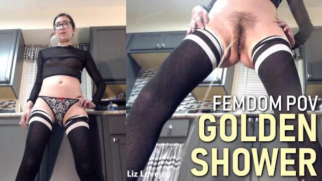 Gorgeous nude ebony girl