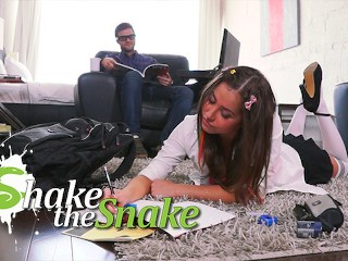 Shake The Snake Lucking AtHome Teacher Bangs Nau Schoolgirl