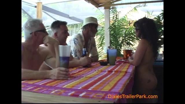 Julia dixie trailer parks porn tubes - Pool girl fucks in public