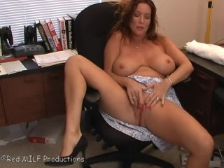 Rachel Steele MILF Slutty Teacher review his grades