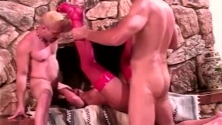 momswithboys – cute mom having two cocks in her pussy and anal