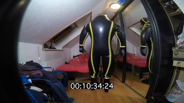 Md facial care - How long it need for slip on in inflatable md-latex cyborg suit
