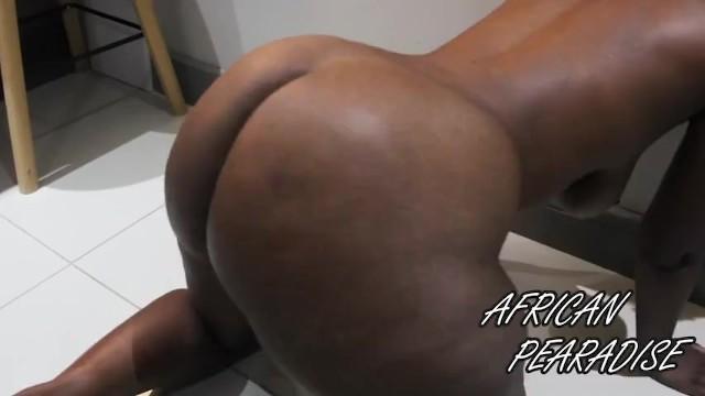 Milf bubblw butt African_pearadise african bubble butt shake