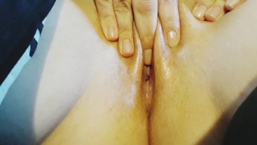 Wife uses clit stimulant oil and plays with herself into wet orgasm