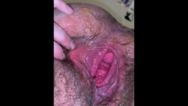 Hairy cunts dripping cum - Cavernous hairy cunt pisses in tub piss drips from pubes