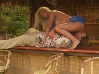Busty Blonde Take a Strangers Hard Cock n Her Wet Pussy Whle on Vacaton