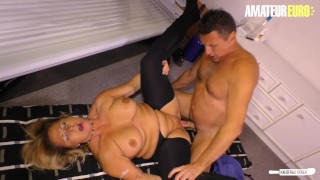 HausfrauFicken – Big Ass Chubby Amateur Wife Cheats At Salon – AmateurEuro