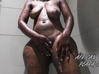 AfrcanPearadse Afrcan Goddess Takes Hot Shower