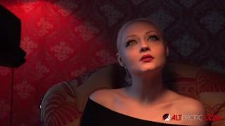 Cute blonde Arielle Aquinas fucks the new director