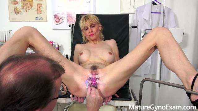 Gyno exam of slender mature woman Valeria - Mature Gyno Exam