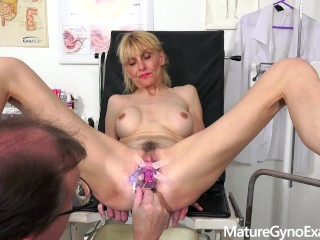Gyno exam of slender mature woman Valeria – Mature Gyno Exam