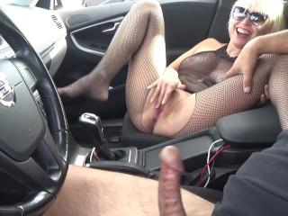 Double Masturbaton And Blowjob Wth A Stranger n A Car