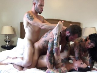 Bsexual Foursome wth Hot Tattooed Grl Jesse Lee Jo Hll jessie lee, Johnny Hill, Wolf Hudson