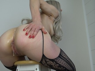 Hot young mlf ANAL Blonde mom gets both holes fucked creamped closeup