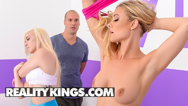 Celebrity porn erin andrews - Reality kings - fit yoga babe addie andrews gets pounded