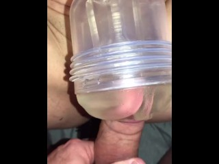 Huge Cumshot on Wfes Pussy after fu her my sde peces at once