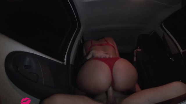 Apres escort jocelyn vous - Evening rendezvous after college for a creampie in the car.