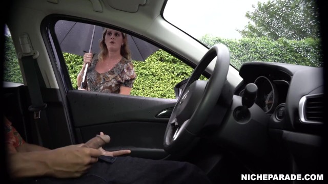 NICHE PARADE - Cock Flash for Sexy MILF on a Cloudy Day