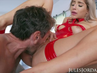 Jules Jordan – Old Man Finds His Way To Abella Danger's ASS
