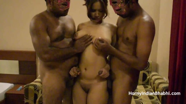 Granny threesome sex porn gallery - Open minded amateur indian bhabhi having a threesome sex