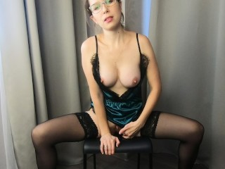 Hot Mlf Dances tease And Masturbates Wth Squrt CatherneRan