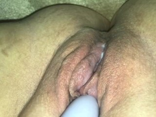 A Pulsating Pussy Brought To A Massive Squirting Climax!
