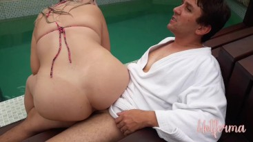 Hot babe invites neighbor to spend the afternoon fucking