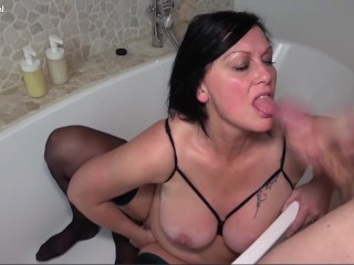 Mature Bg Tt Mlf Gets Fucked Anal by a Young Bg Dck