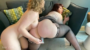 G/G Sarah Calanthe Teaches Bea to French Kiss and Fuck