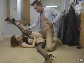 BABESCOM Busty and sexy Stella Cox measure the cock before the taste
