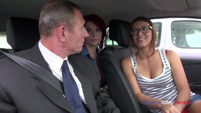 Hardcore threesome with 2 gorgeous French girls