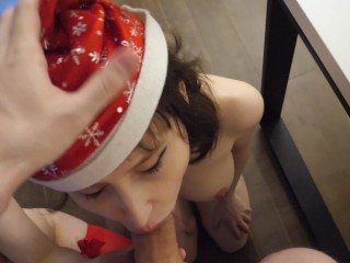 The Webcam Experience Presents Enmarchenoire in Surprise Double Blowjob for Christmas
