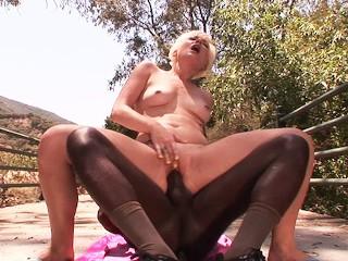 Hot Mature Sexy MLF´s Tme ever Bg Black Dck BBC on Summer Holday