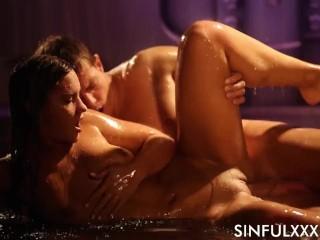 Wet sex wth Naom Bennet by Snfu Naomi Bennet