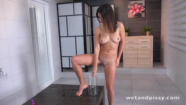 Hot Babe Soaks Herself In Piss