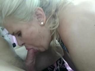 BLOWJOB EDTON bg boobs mature woman su my cock