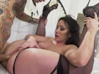 Brunette Babe Getting Fucked Deep in Her Big Ass After Deepthroating
