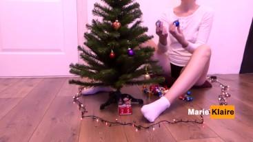 Solo girl play pussy and decorates Christmas tree, teen masturbation orgasm