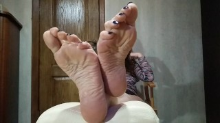 POV Admire milf soles while she has the rest - OlgaNovem