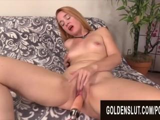 Golden Slut Mature Women Ge Raled by Fu Machnes Complaton Jamie Foster