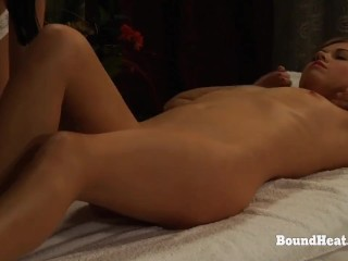 The Submission of Sophie: Mistress Enjoys In Sensual Orgasmic Massage