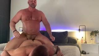 Video Porno - Beefy Allevamento Intenso Con Tyler Reed Live Cam Show