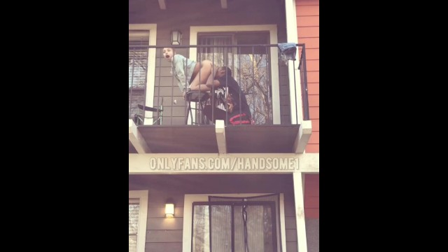 New Year Twitter Couple Public Ebony Teen Pussy Eating outside on Balcony