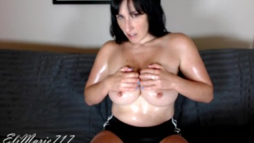 Topless Oil Play HD